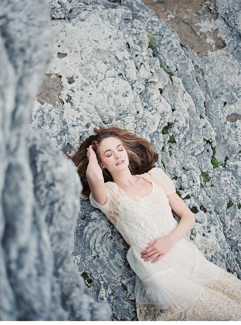 cave point bridal beach shoot 0019