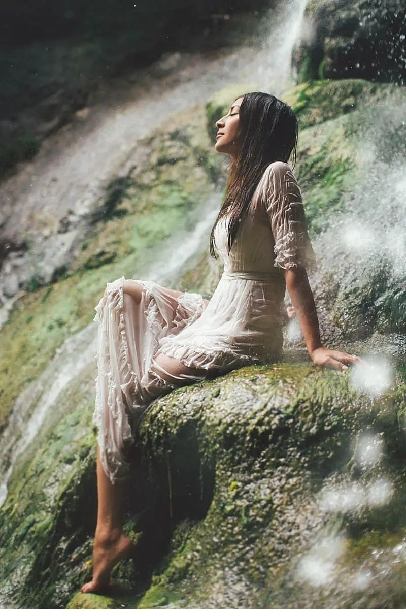 olivia richard waterfall engagement 0022