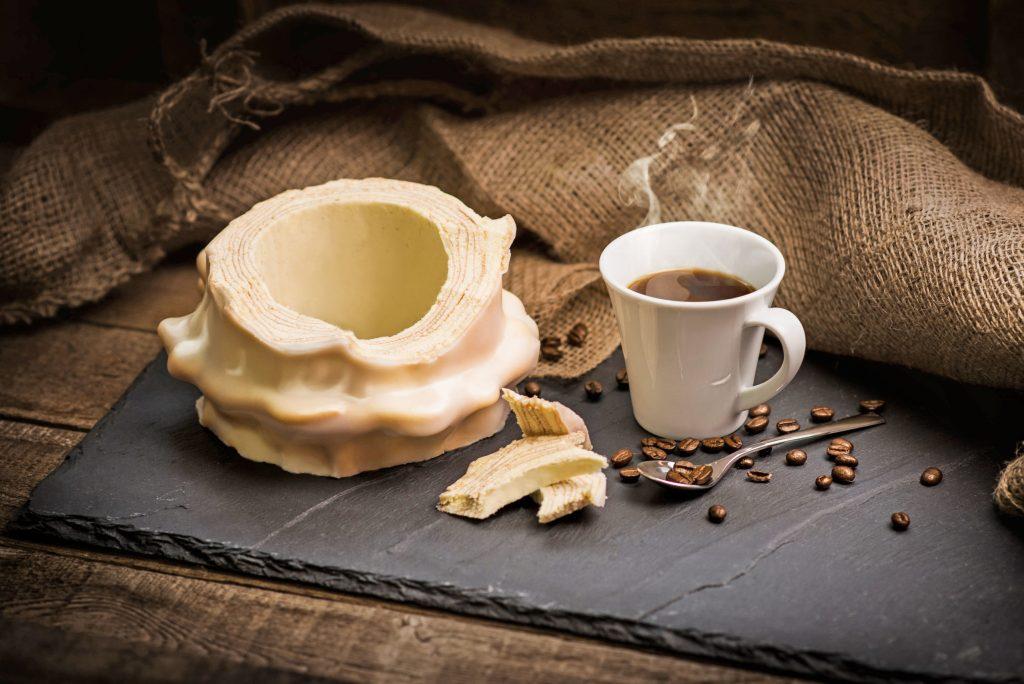 Ein Stückchen Baumkuchen macht jede Kaffeepause zu etwas Besonderem.