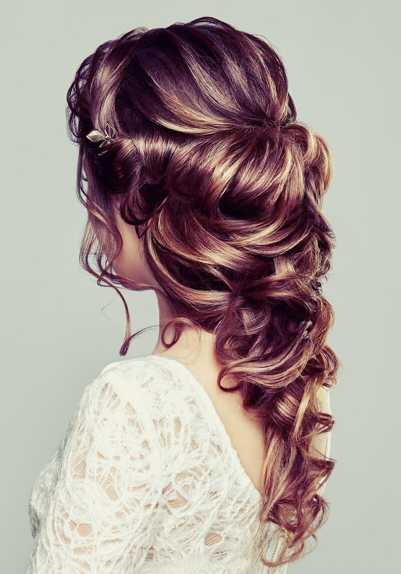Brautfrisur Seitlich Geflochten Haare Flechten Seitlich