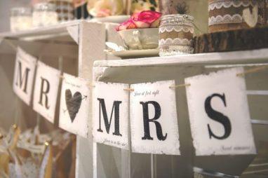 Hochzeitsschild Mr und Mrs