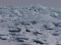 Le craquement de la glace était incessant / Ice was relentless crackling