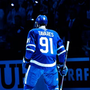 john-tavares-leafs-return John Tavares New York Islanders Team Canada Toronto Maple Leafs