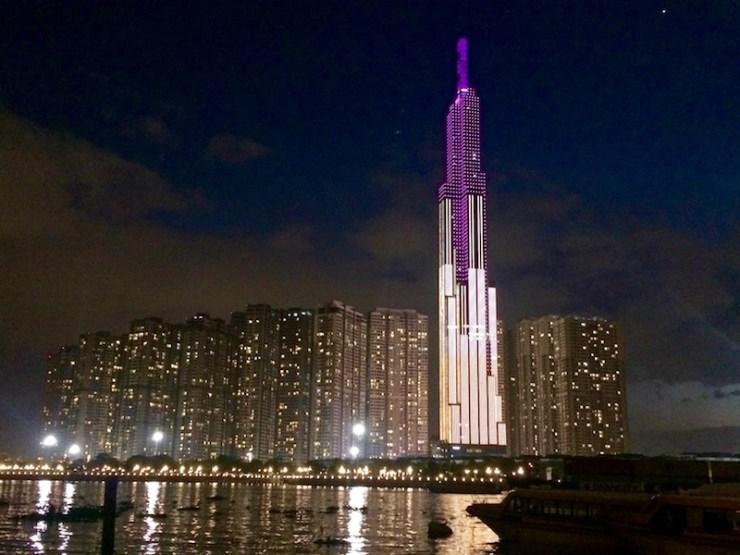 tòa nhà landmark 81 của tỷ phú đô la Phạm Nhật Vượng