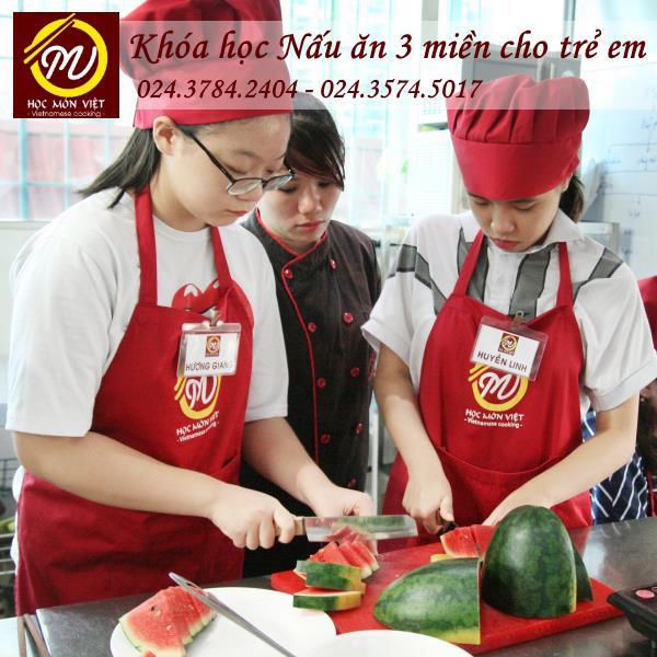 khóa học nấu ăn 3 miền dành cho trẻ em tại Học Món Việt