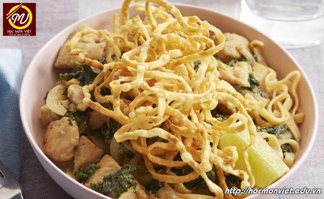 Khao Soi cùng Phở Việt lọt top 7 món ăn trong bát ngon nhất thế giới Học Món Việt