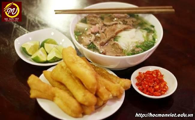 Phở Việt Nam lọt top 7 món ăn trong bát ngon nhất thế giới Học Món Việt