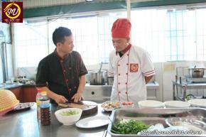 hình ảnh khóa học nấu phở mở quán 19 tại Học Món Việt