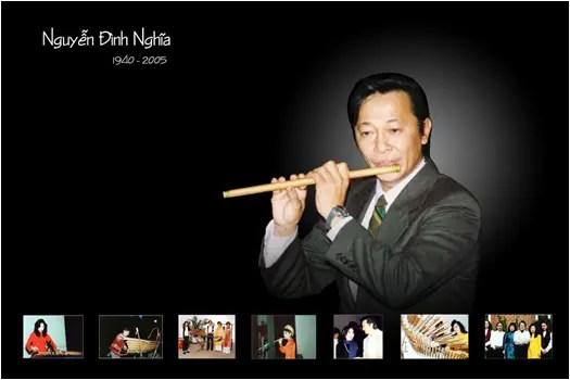Nghệ sĩ sáo trúc Nguyễn Đình Nghĩa