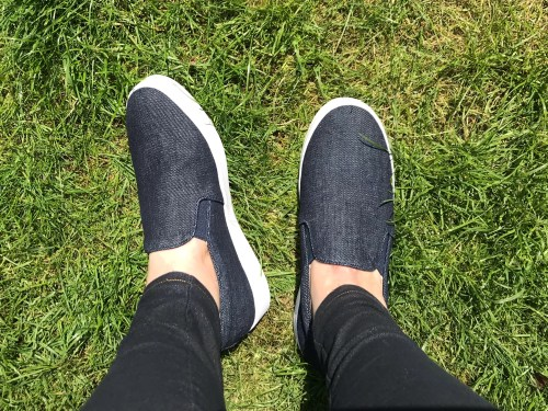 Review: Vionic Shoes Denim Midi Slip-On Sneakers