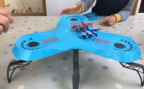 Toy Review: HEXBUG Robot Wars Clusterbots Stadium
