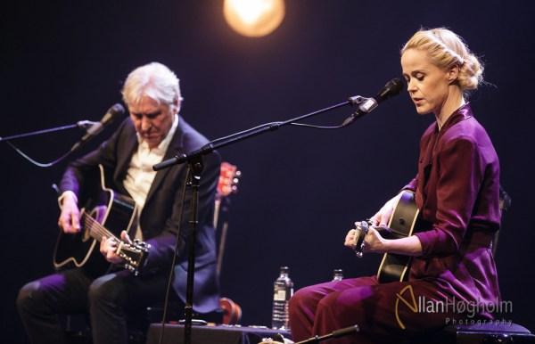 Tina Dickow og Steffen Brandt Alene sammen igen i Musikhuset Aarhus, d. 9 Mar 2016: (Photo by Allan Høgholm Photography, www.hoegholm.dk).