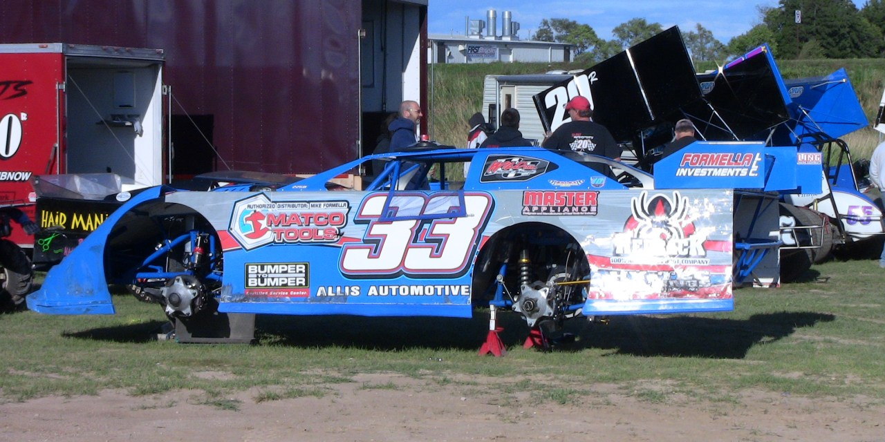 Dirt Race Car Handling Problems; Diagnosing and Fixing