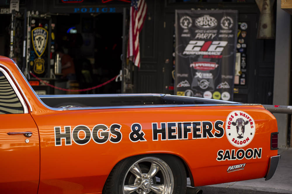 Hogs & Heifers Saloon New York_0167