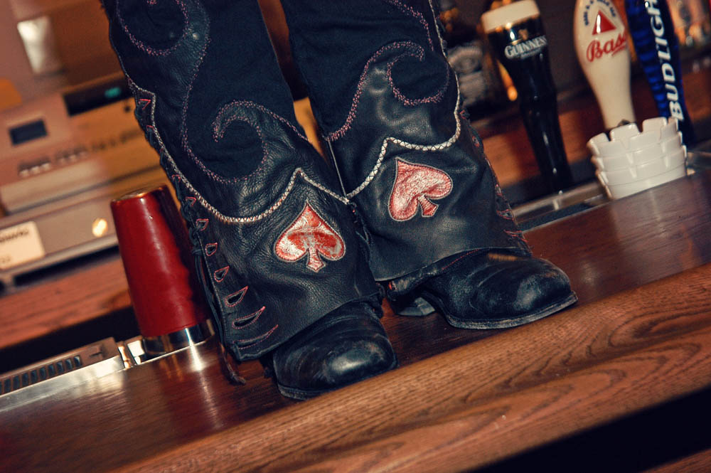 Hogs and Heifers Saloon_0013