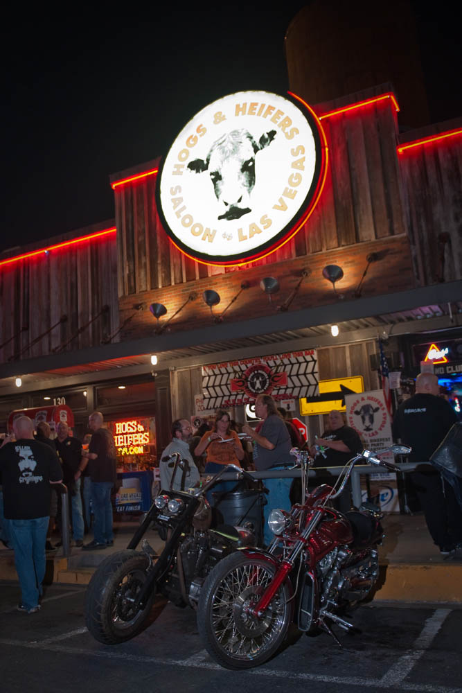 Hogs and Heifers Saloon_0028