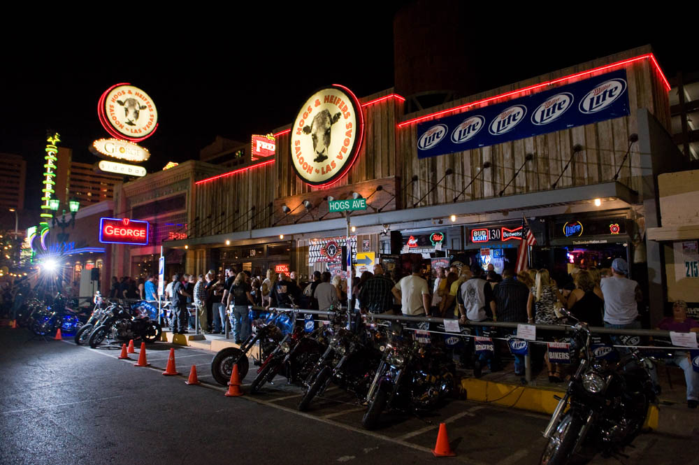 Hogs and Heifers Saloon_0068