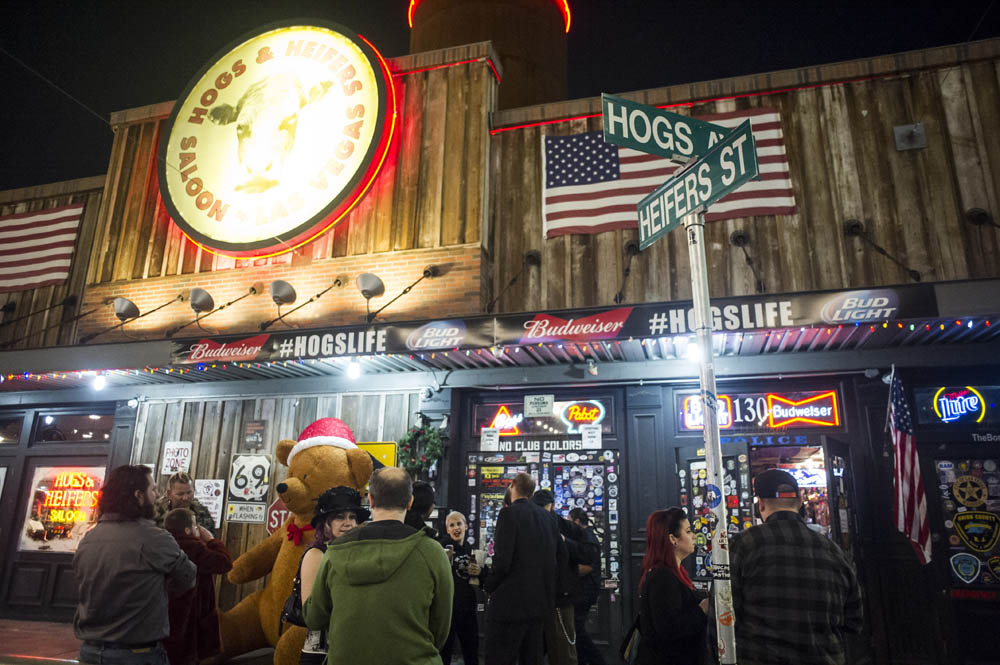 Hogs and Heifers Saloon_0070