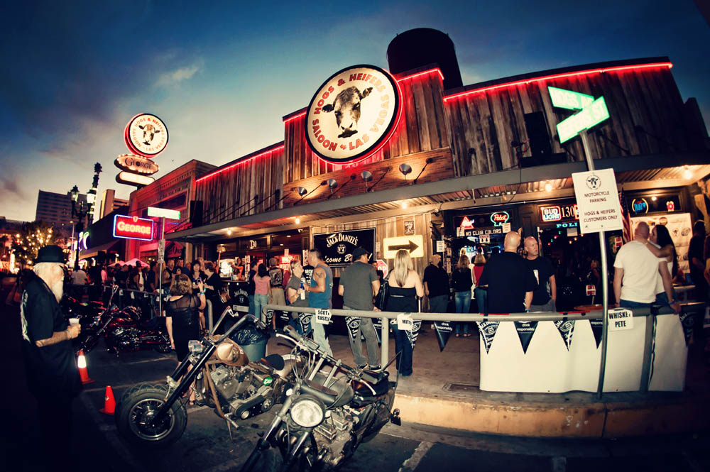 Hogs and Heifers Saloon_0071