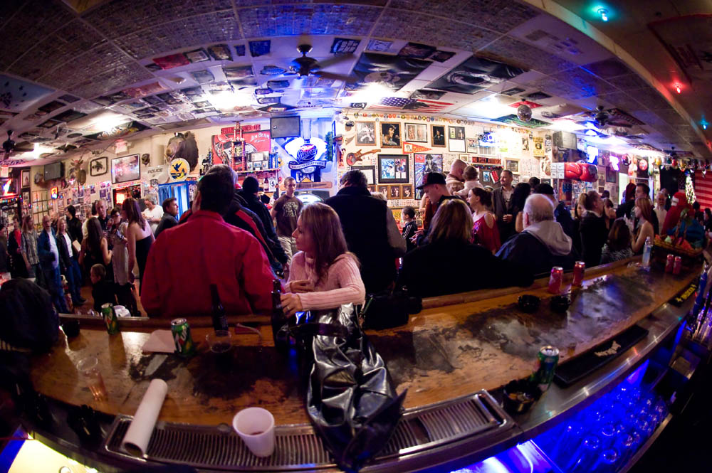 Hogs and Heifers Saloon_0079