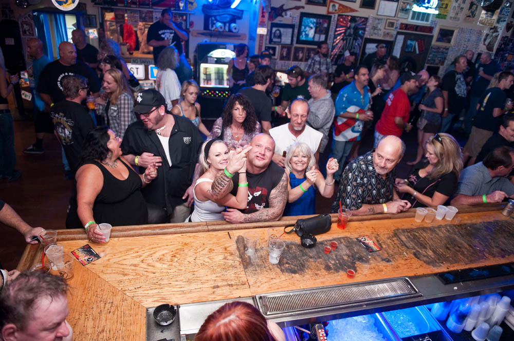 Hogs and Heifers Saloon_0100