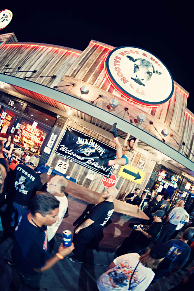 Hogs and Heifers Saloon_0111