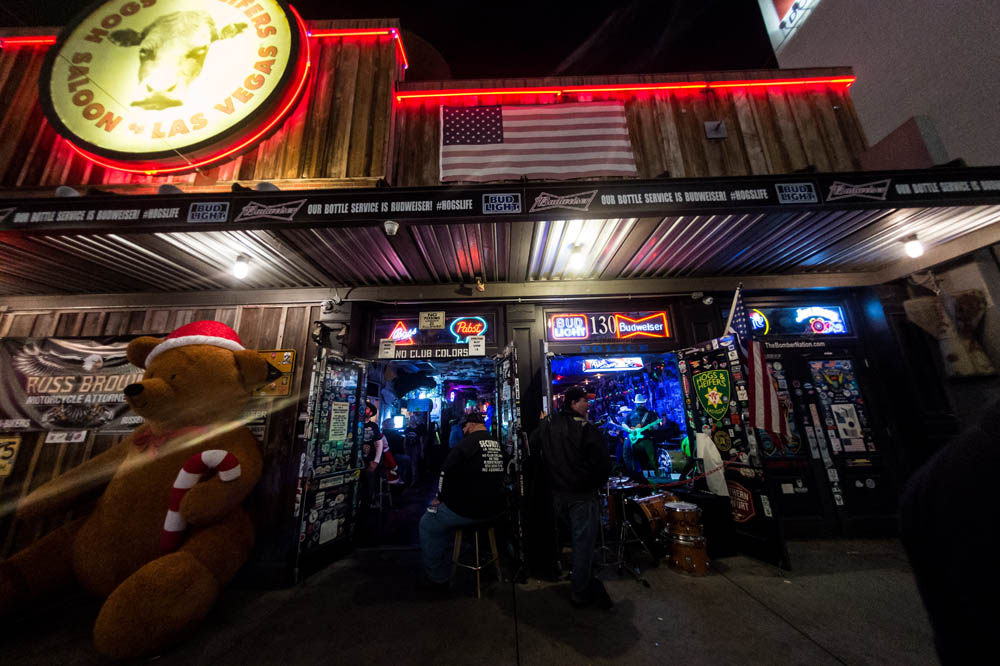 Hogs and Heifers Saloon_013