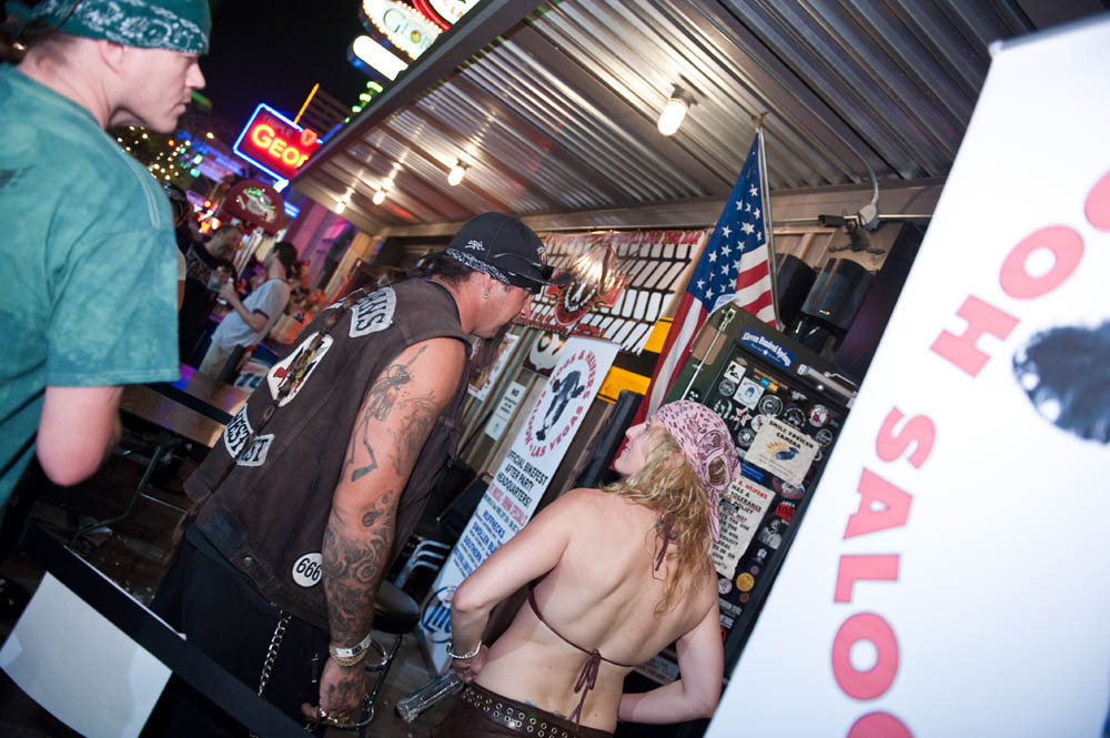 Hogs and Heifers Saloon_0144