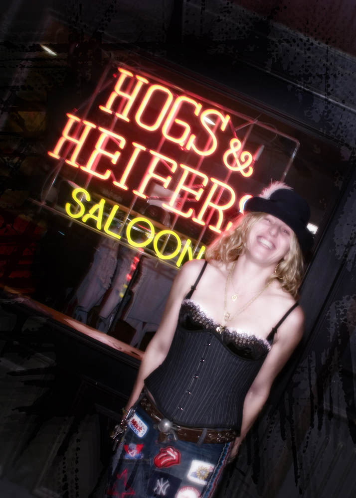 Hogs and Heifers Saloon_0224