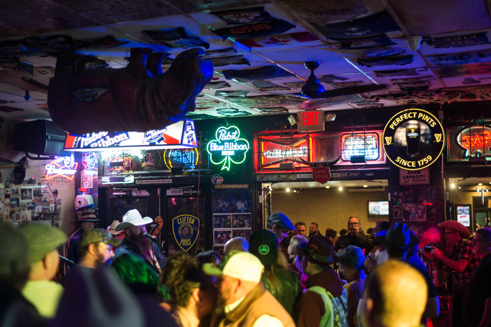 Hogs and Heifers Saloon_031