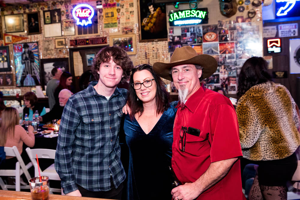 Hogs and Heifers Saloon_077