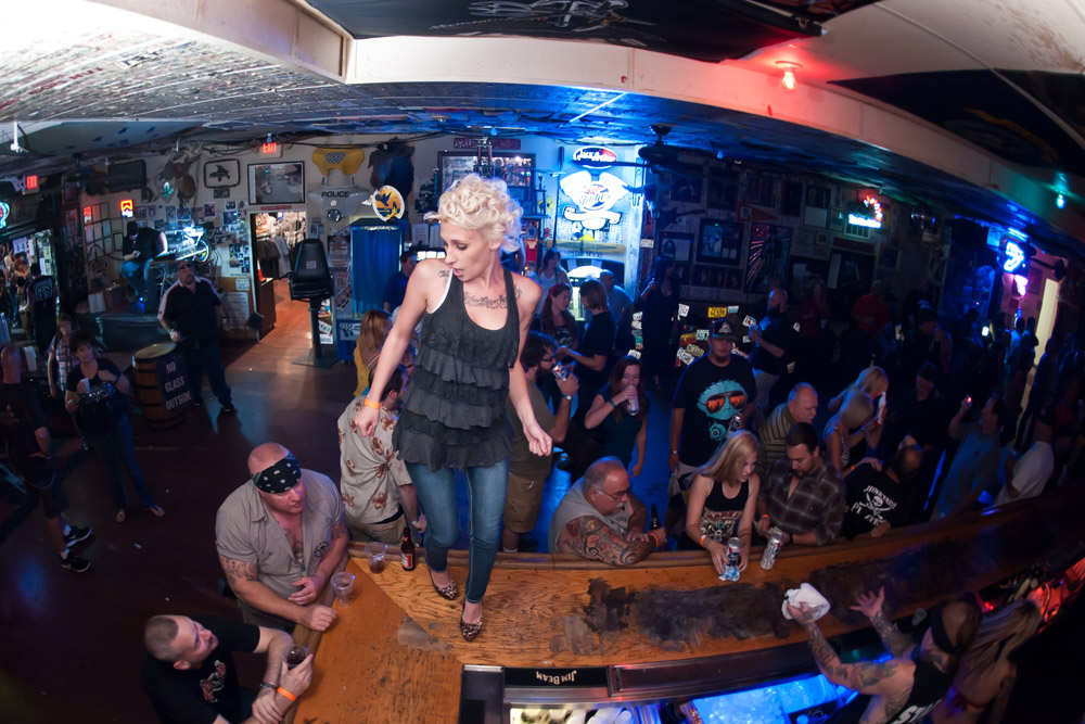 Hogs & Heifers Saloon Las Vegas_0003