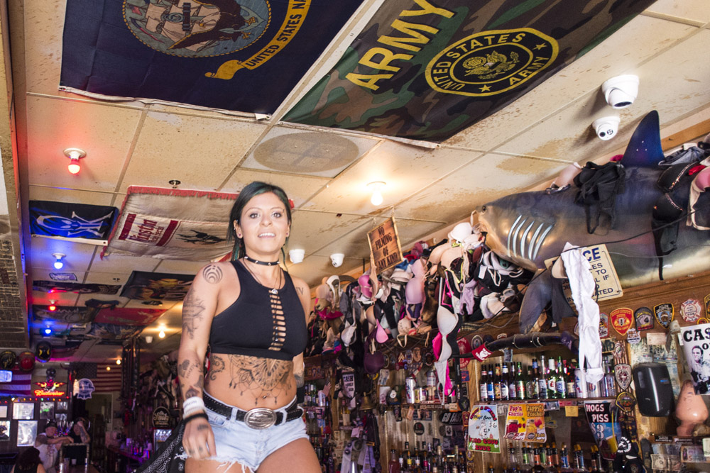 Hogs & Heifers Saloon Las Vegas_0006