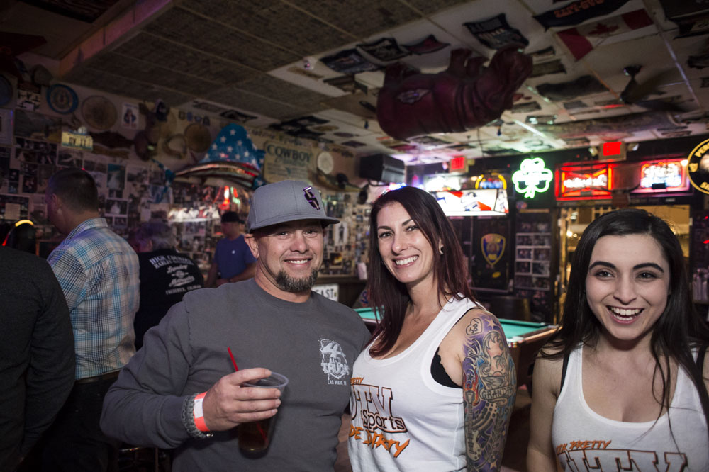Hogs & Heifers Saloon_0193