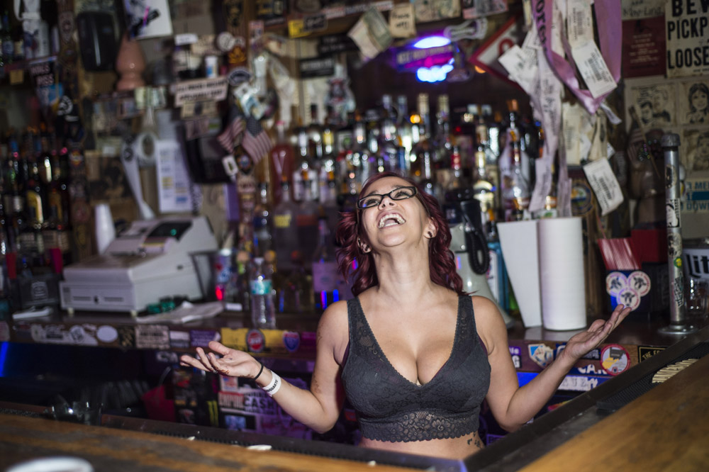 Hogs & Heifers Saloon Las Vegas_0022