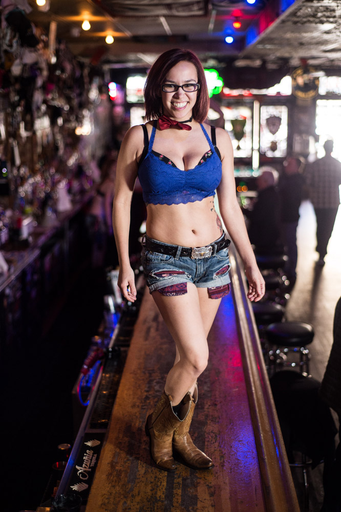 Hogs & Heifers Saloon Las Vegas_0111