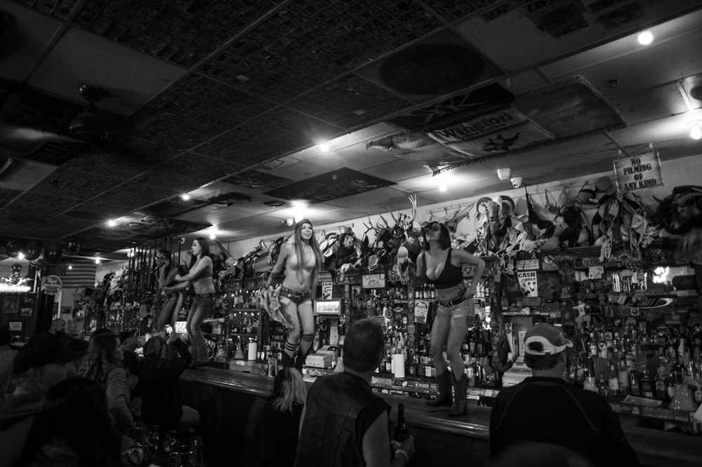 Hogs & Heifers Saloon_0266