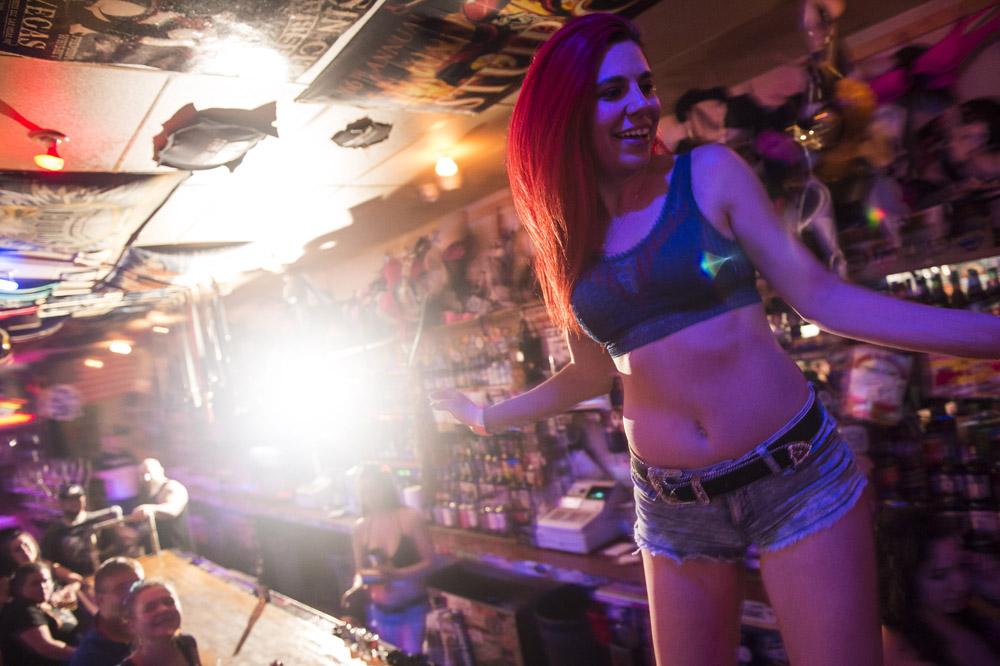 Hogs_and_Heifers_Saloon_Las_Vegas_0150