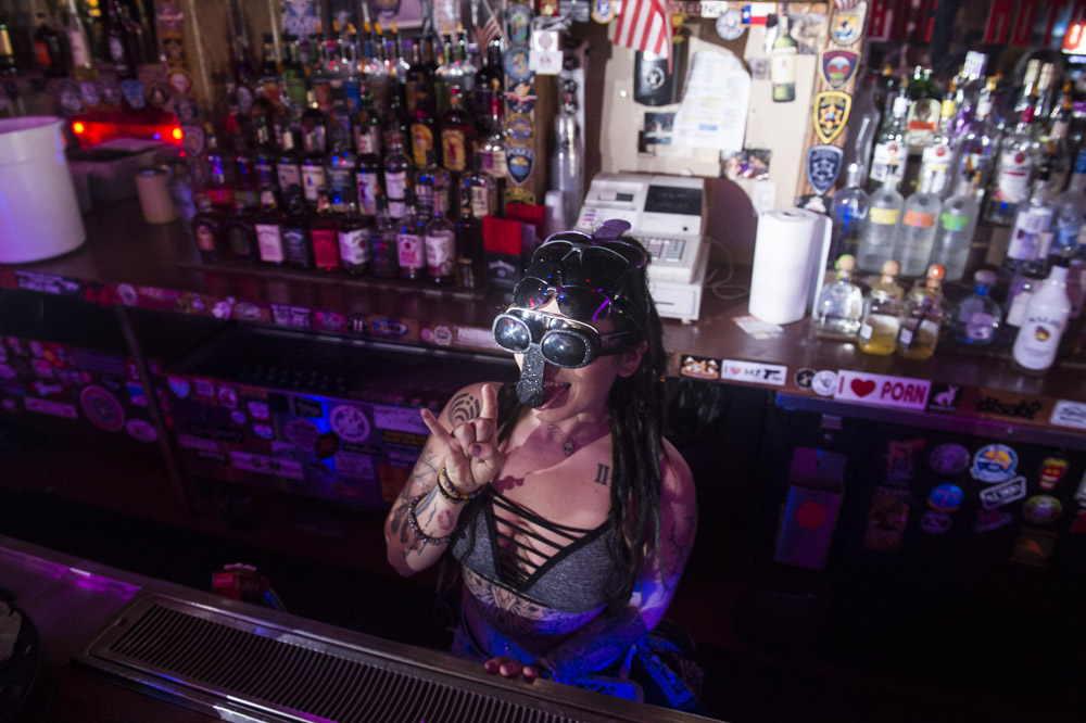 Hogs_and_Heifers_Saloon_Las_Vegas_0170