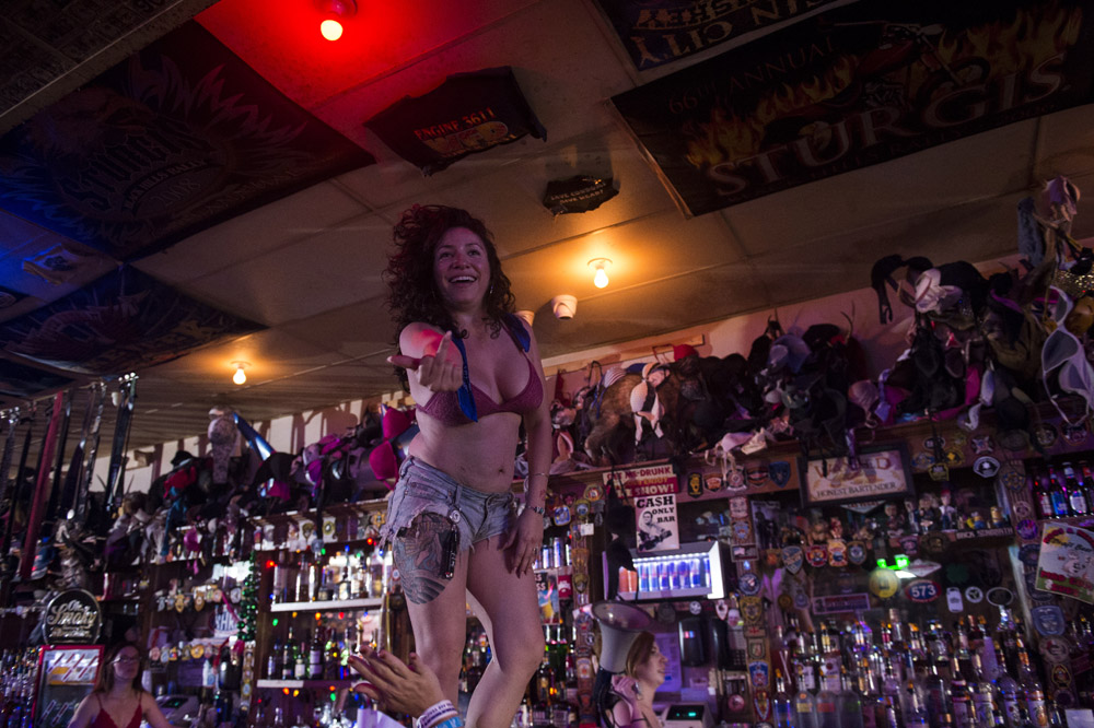 Hogs_and_Heifers_Saloon_Las_Vegas_0263