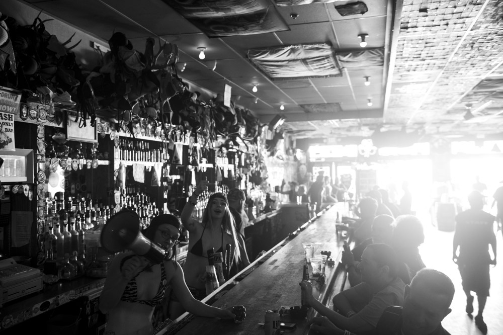 Hogs_and_Heifers_Saloon_Las_Vegas_0313