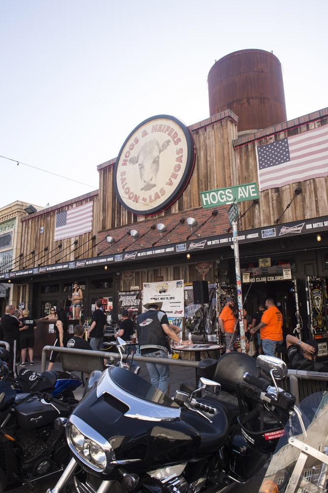 Hogs_and_Heifers_Saloon_Las_Vegas_0316