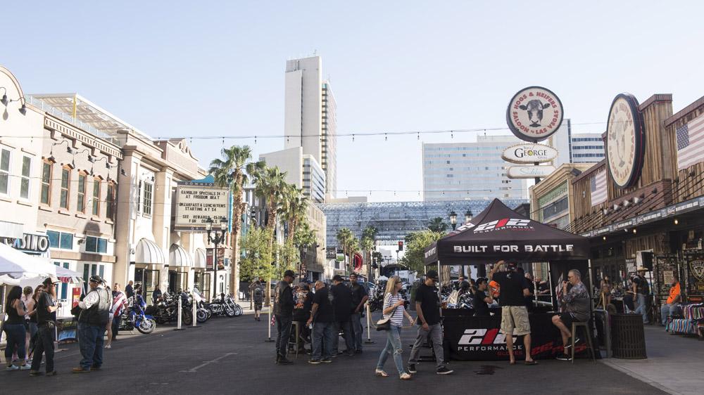 Hogs_and_Heifers_Saloon_Las_Vegas_0317