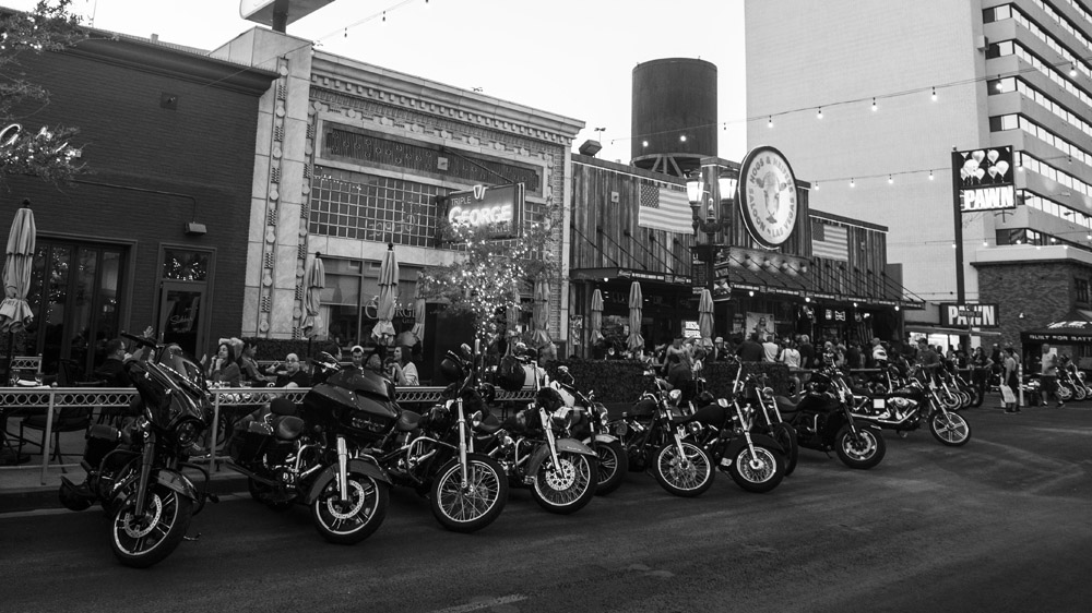 Hogs_and_Heifers_Saloon_Las_Vegas_0348