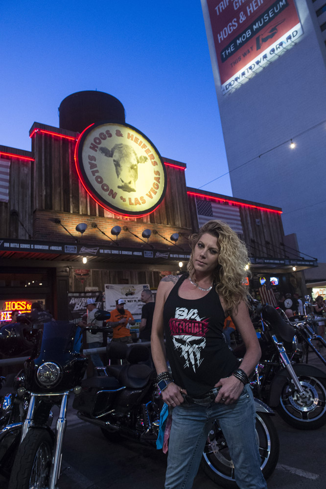 Hogs_and_Heifers_Saloon_Las_Vegas_0349