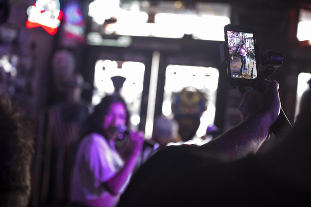 Hogs_and_Heifers_Saloon_Las_Vegas_0380
