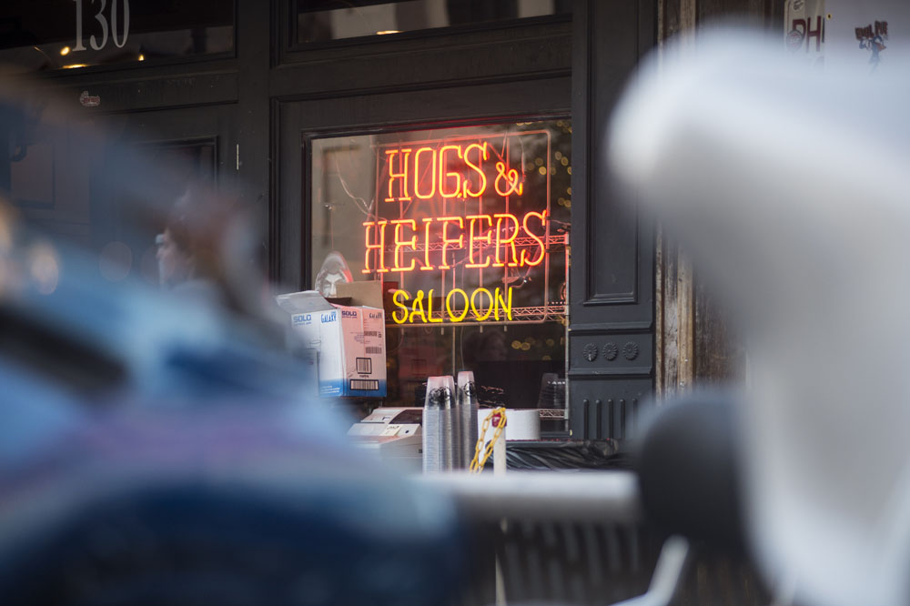 Hogs & Heifers Saloon_0835