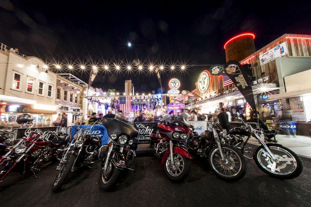 Hogs & Heifers Saloon_Las Vegas BikeFest_0170