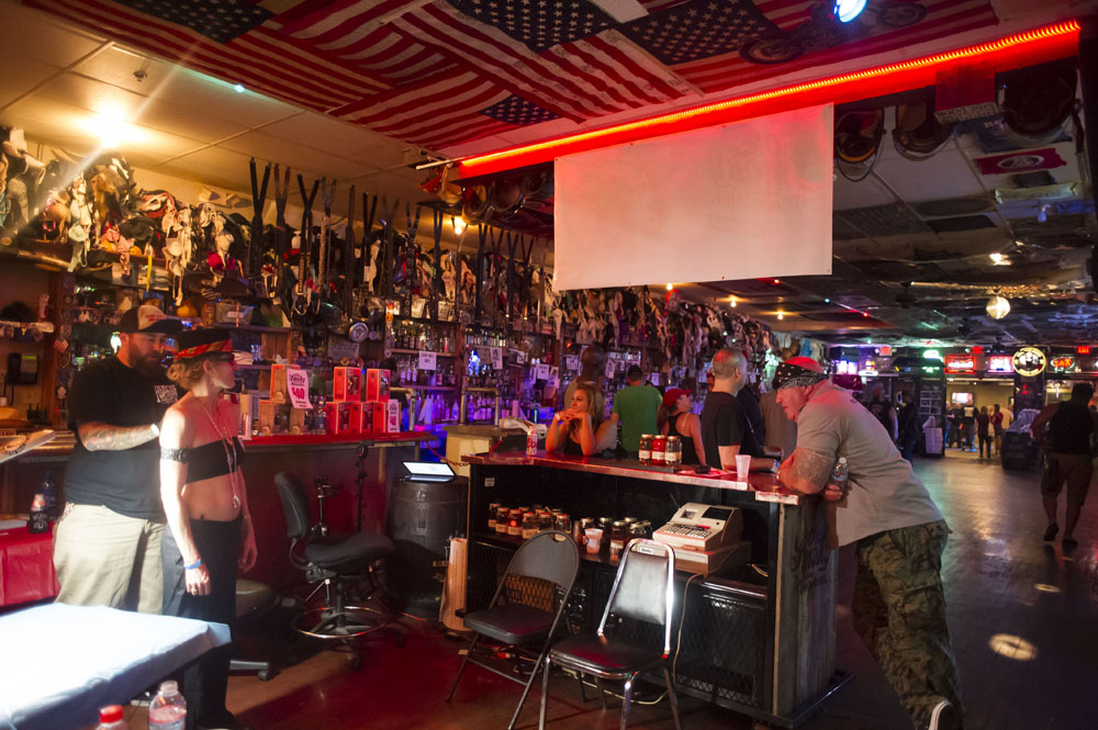 Hogs & Heifers Saloon_Las Vegas BikeFest_0285