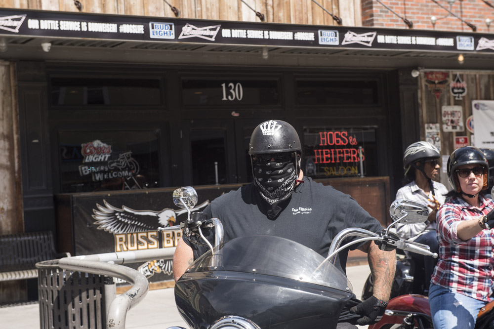 Hogs & Heifers Saloon_Las Vegas _Biker Bar0329